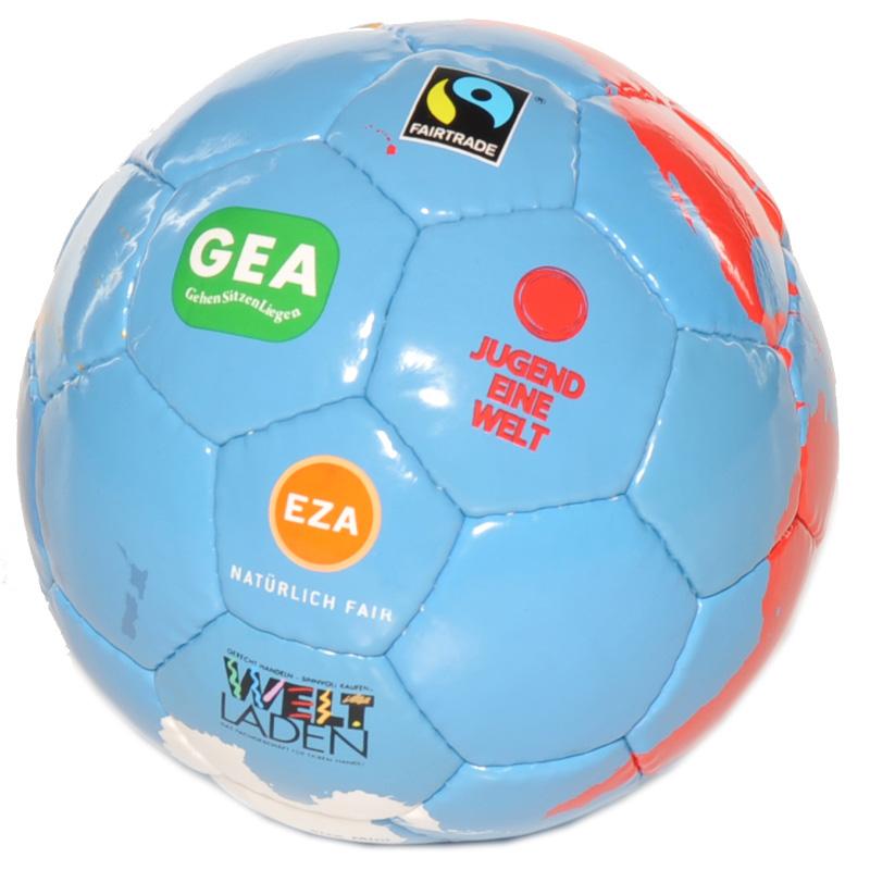 FUSSBALL-Match Weltball