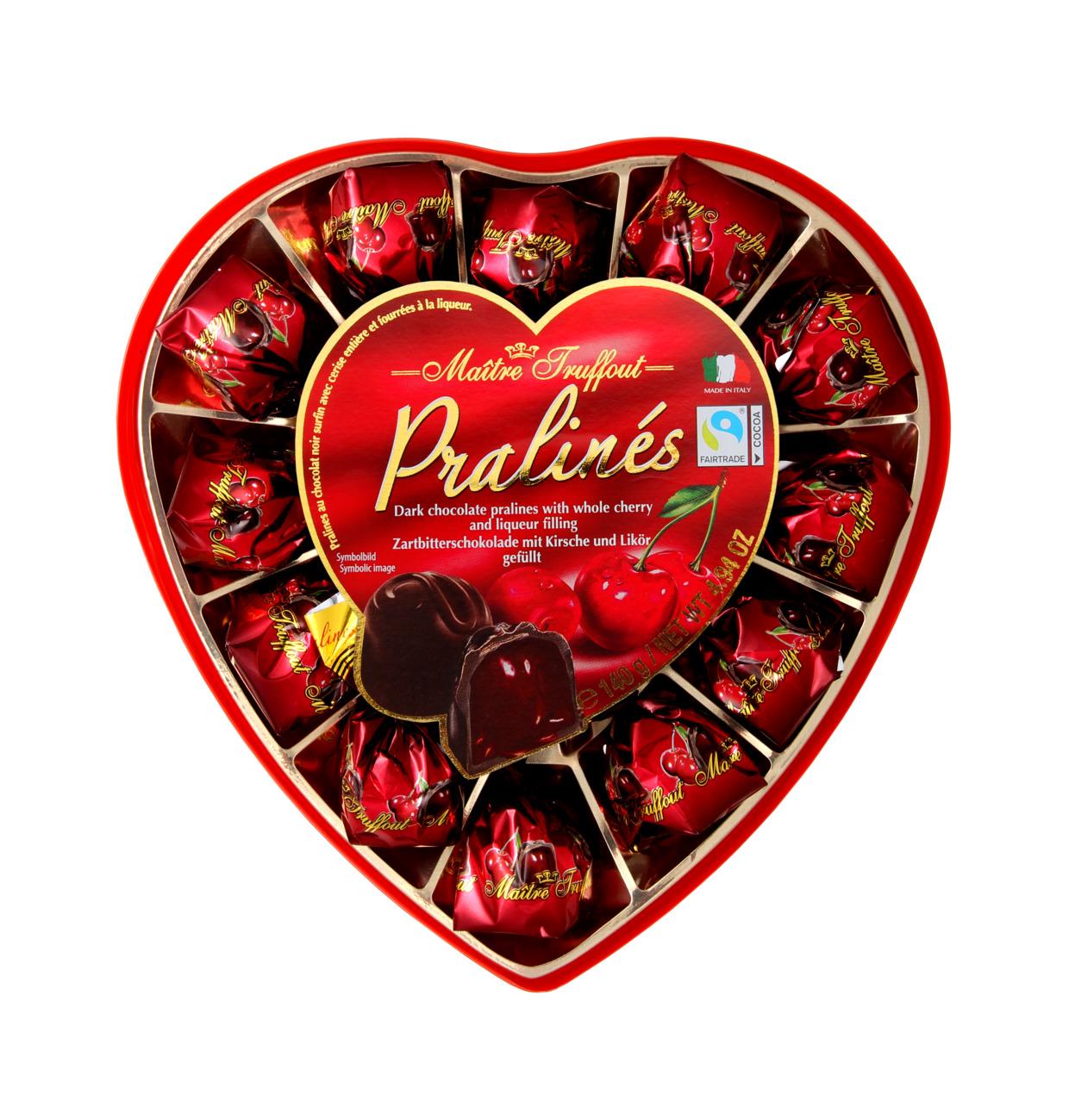 Pralinen Zartbitterschokolade mit Kirsch und Likör Herz