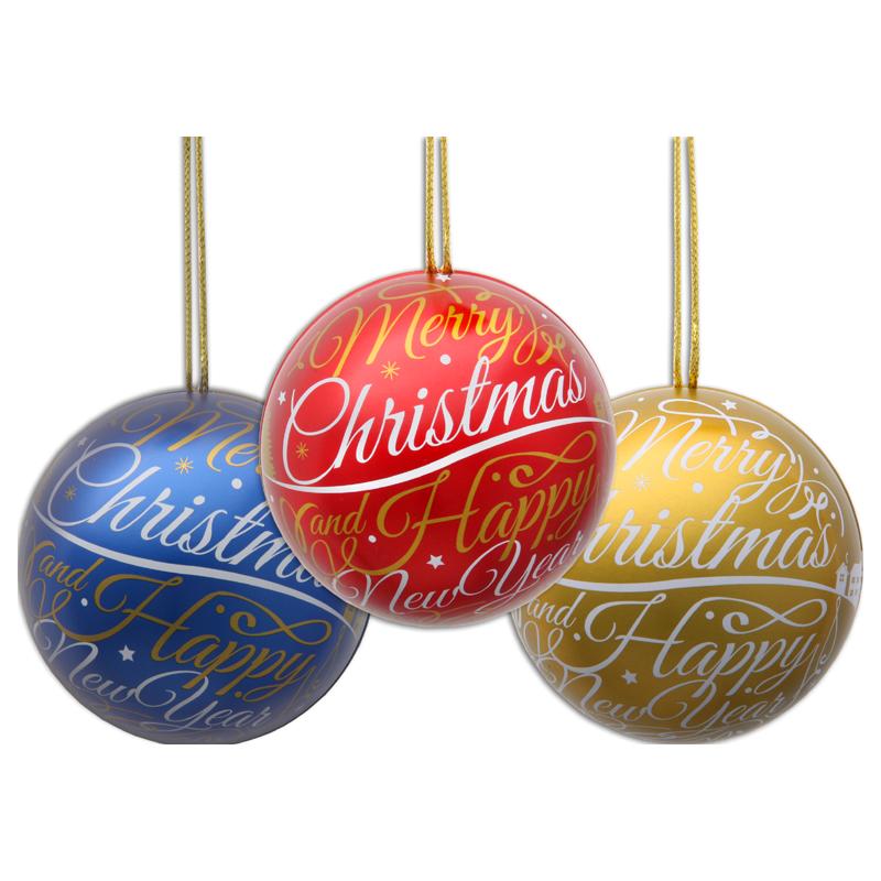 Weihnachtskugel mit Pralinen