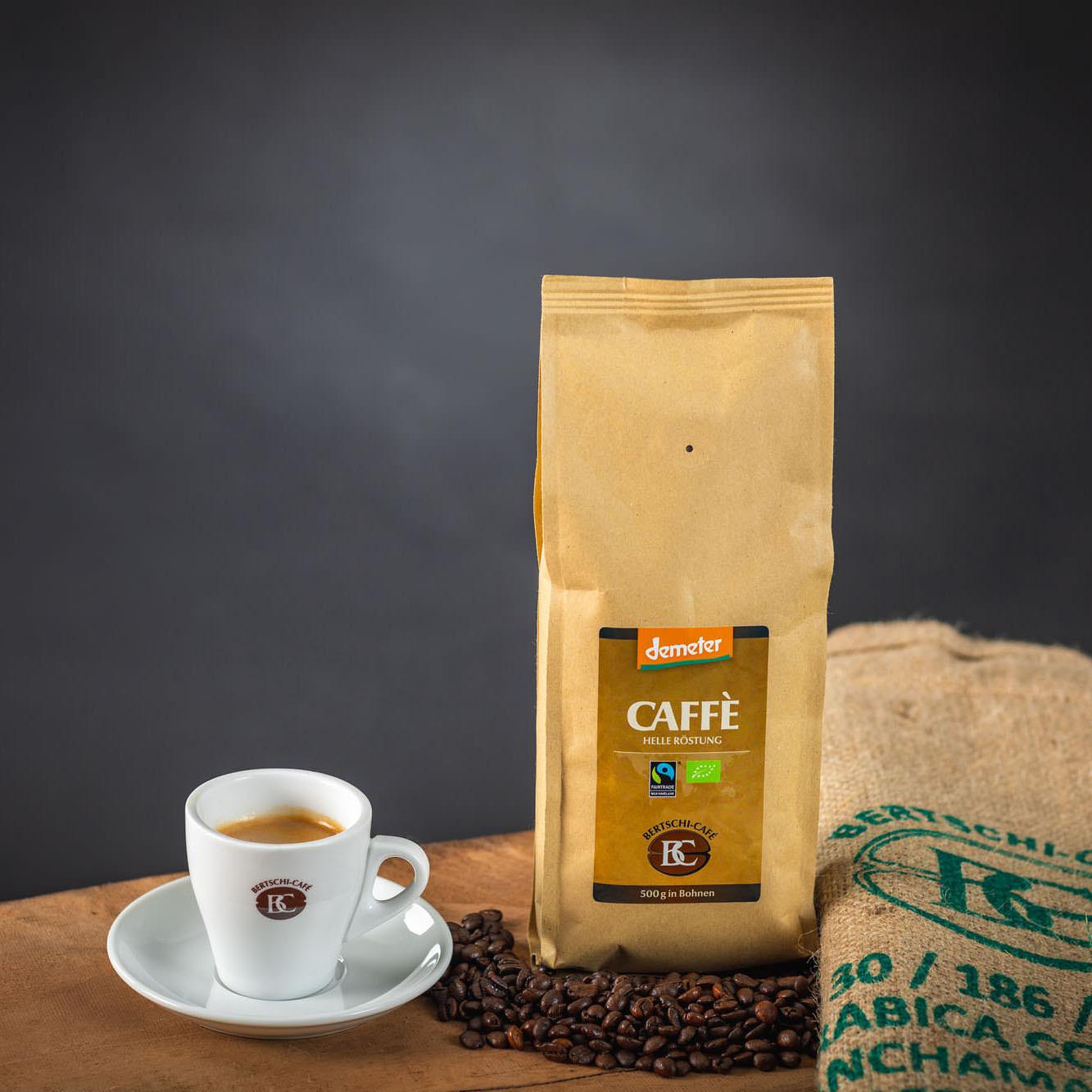 Caffè, in Bohnen